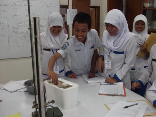 Kunjungan SMKF Tunas Mandiri Bogor