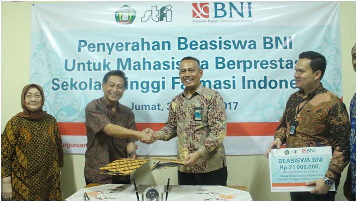 Penyerahan Beasiswa Bantuan Dana Bina Lingkungan Bank BNI 46